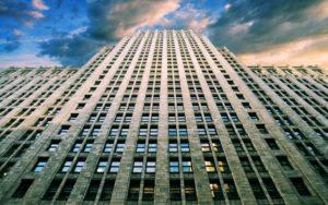 Какой этаж считается самым оптимальным и безопасным